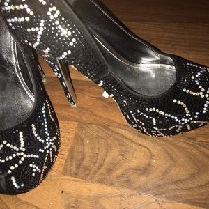 Alba Shoes - *ALBA*Black beaded heels with Crystal rhinestone !